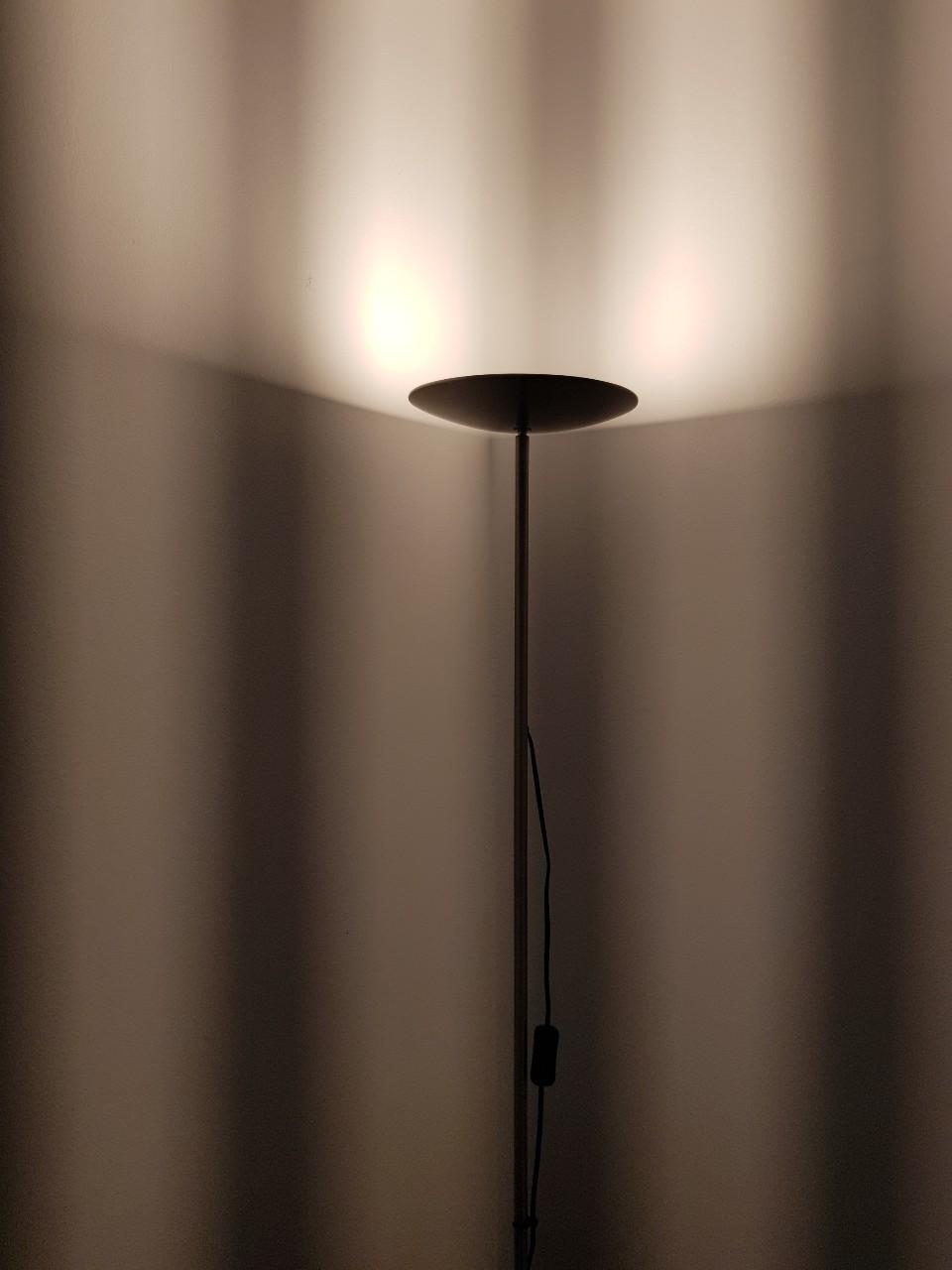 작은방 전등.jpg